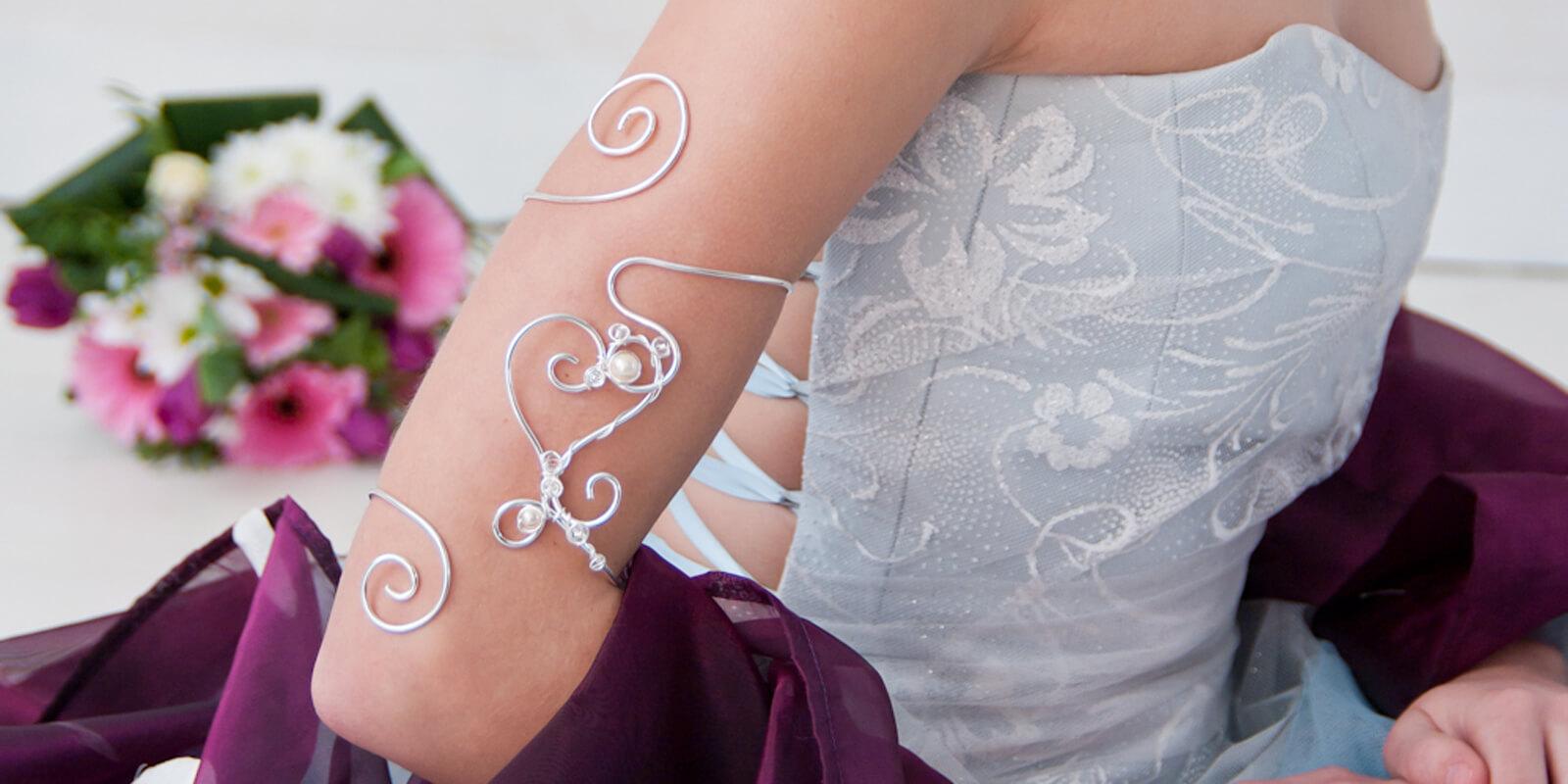 0f7b82313360e Création de bijoux mariage et de cérémonie Bijoux Volutes